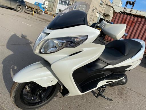 Скутер Suzuki SkyWave 250 type M (CJ45A)