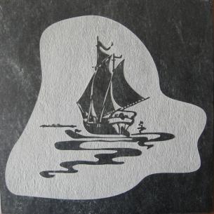 Плитка из талькомагнезита Премиум гравировка Кораблик