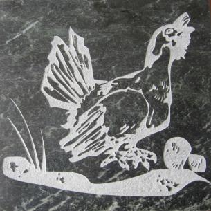 Плитка из талькомагнезита Премиум гравировка Глухарь