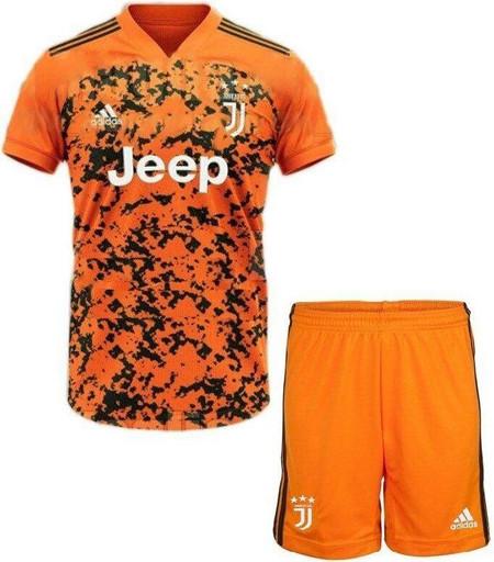 Футбольная форма Adidas FC Juventus (22338)
