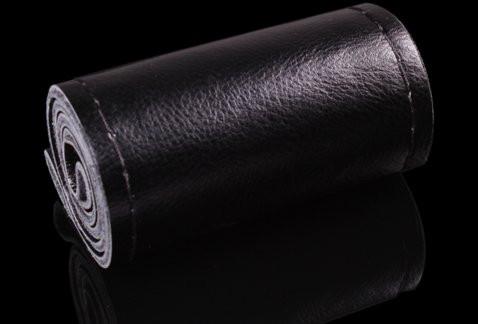 Кожаный чехол на руль черный (черная окантовка)