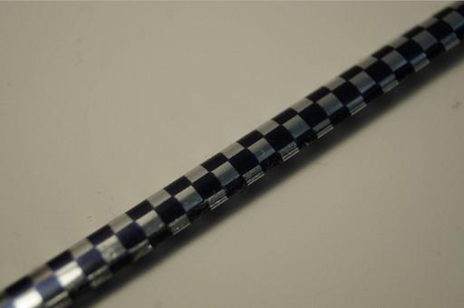 U-образная шахматная черно-серебряная вставка на решетку вентиляции