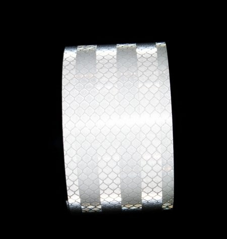 Светоотражающая лента серебристо-белая