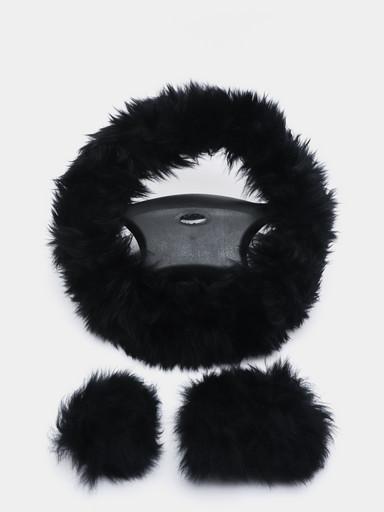 Комплект меховых чехлов (оплетка на руль, чехлы на ручной тормоз и ручку КПП)