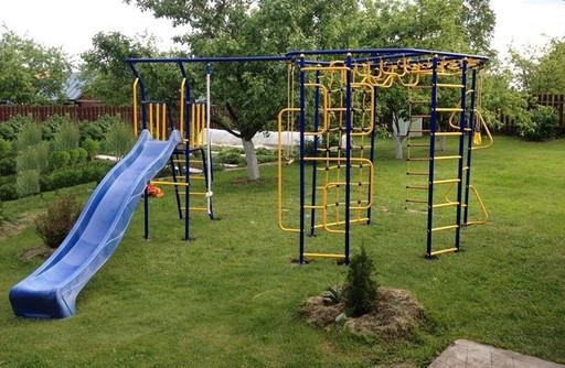 Уличный детский спортивный комплекс «Мечта-база плюс дополнительная деталь с площадкой и горкой»