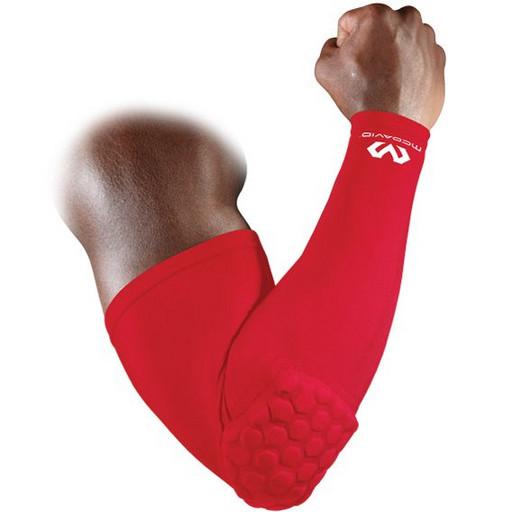 Компрессионный рукав с защитой на локоть McDavid 6500 HexPad power shooter sleeve