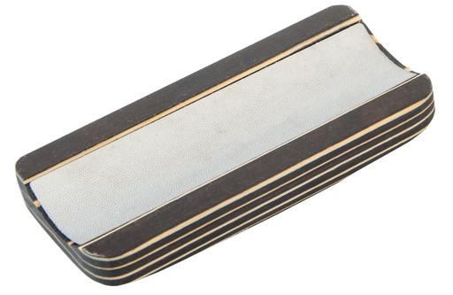 Инструмент для обработки наклейки «Wood & Steel I»