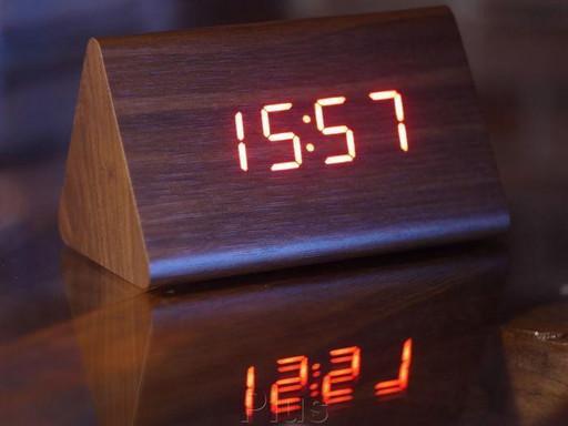 Часы электронные настольные VST 864-1