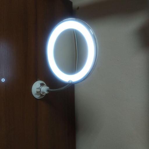Гибкое зеркало для макияжа с LED подсветкой Ultra Flexible mirror с увеличением 10X