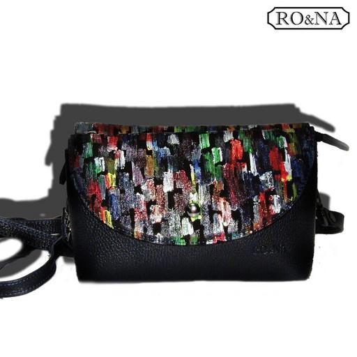 Женская Итальянская сумка клатч - браслетом на запястье и через плечо
