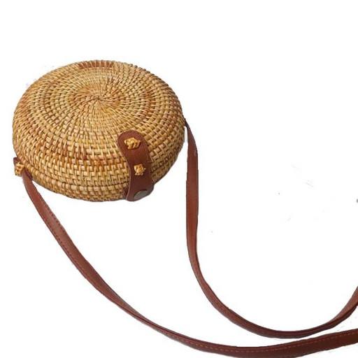 Круглая плетеная сумка из соломки и ротанга