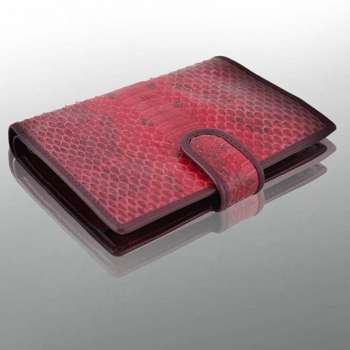 Красный портмоне из кожи мурены