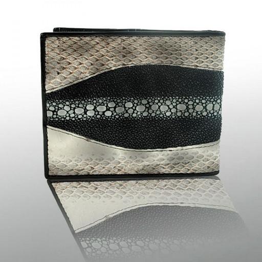 Красивое портмоне из кожи змеи и ската