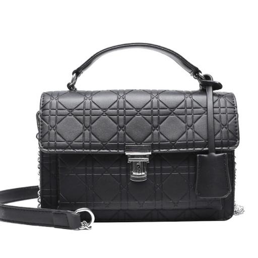 Маленькая женская черная сумка с тиснением-на цепочке