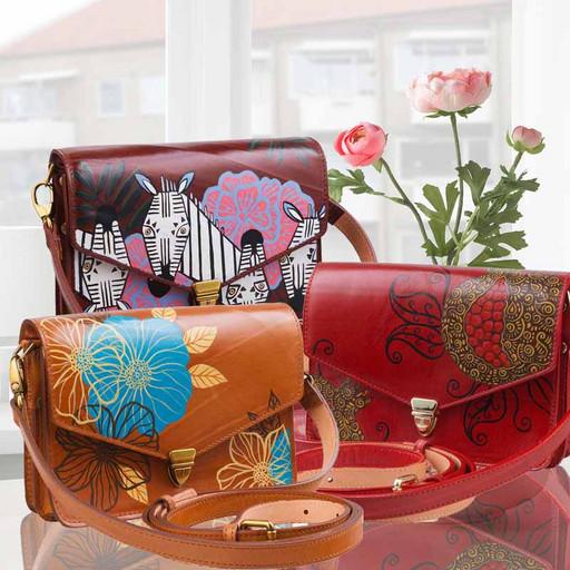 Женская кожаная сумка на пояс - дизайнерская ручная роспись
