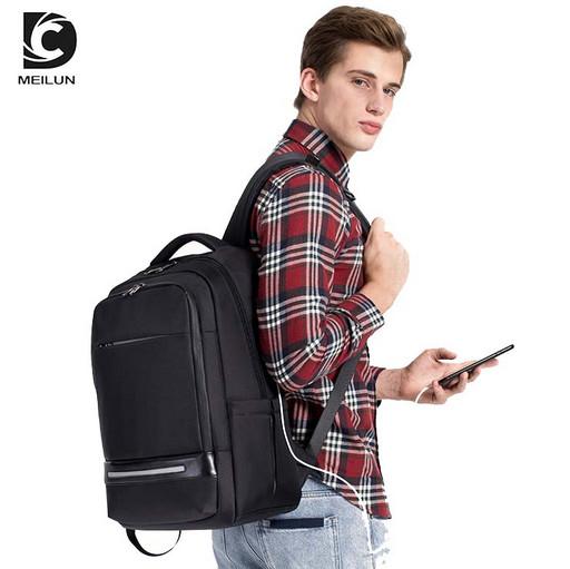 Бизнес рюкзак для делового мужчины