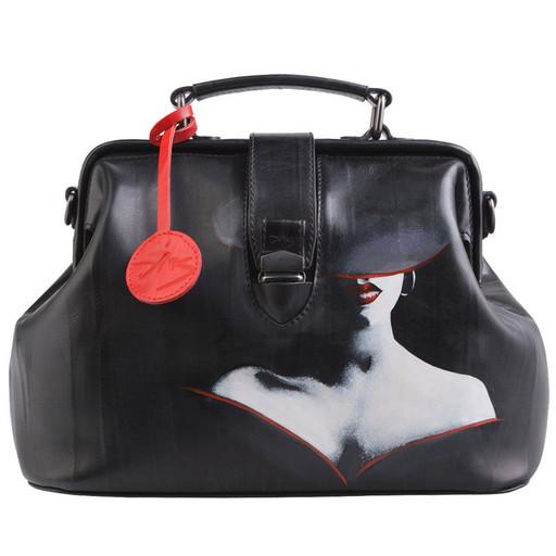 Черная сумка - саквояж, женская с рисунком на коже